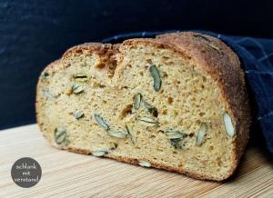 low carb Brot mit Kürbiskernen einfach