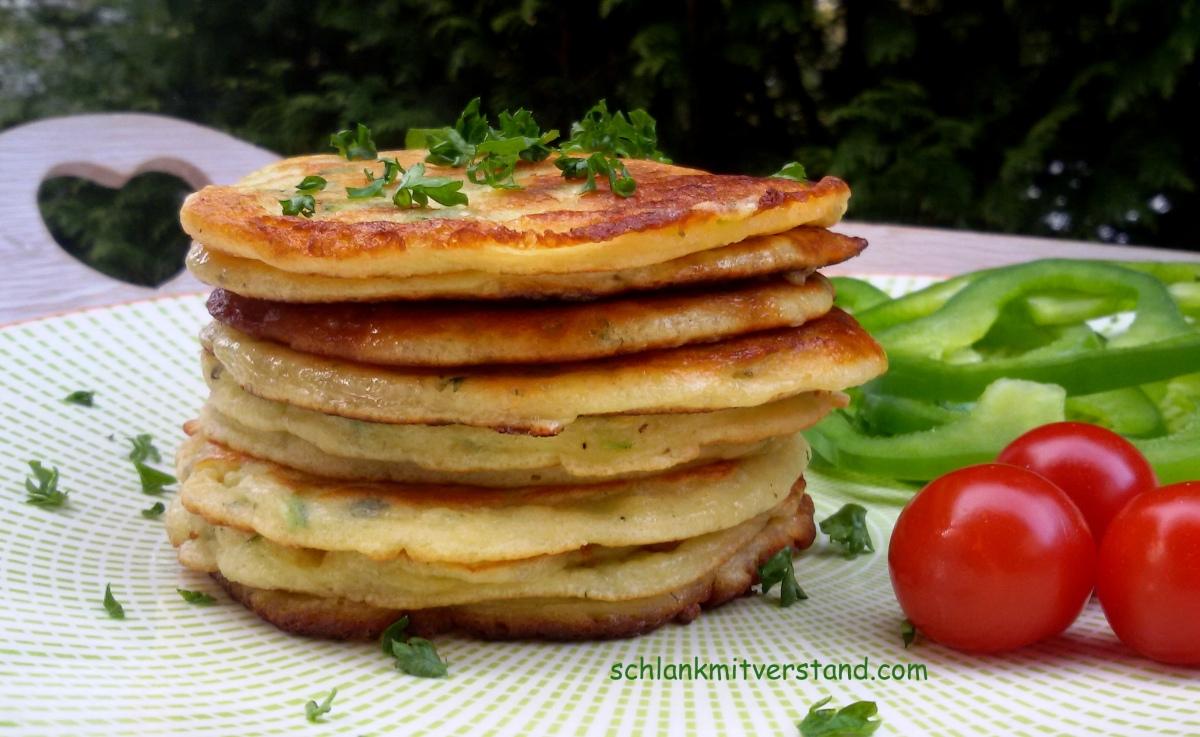 zucchini pancakes low carb schlank mit verstand. Black Bedroom Furniture Sets. Home Design Ideas