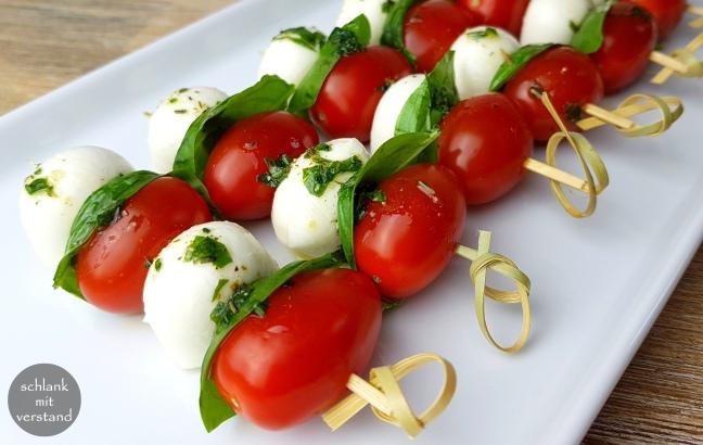 Tomaten-Mozzarella-Spieße low carb Rezept