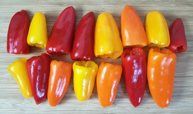 Gefüllte Mini-Paprika