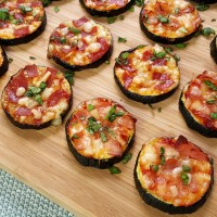 Zucchini Mini-Pizzen low carb