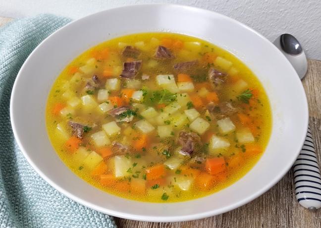 Rindersuppe mit Gemüse Rezept