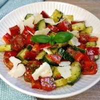 Pesto Salat low carb
